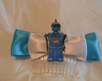 Blue robot hair comb