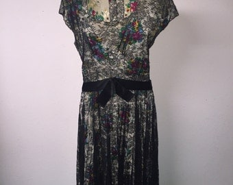 Fab 1960's silk dress with lace overlay.