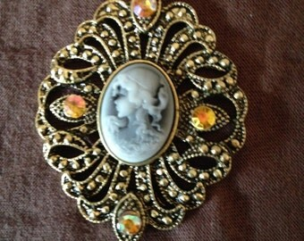 Beautiful cameo on lace necklace