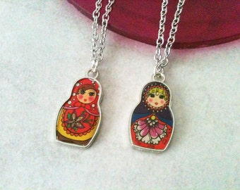 Russian doll necklace, stainless steel chain, gift idea, gift under 10, minimalist jewelry, feminine jewelry, cute necklace