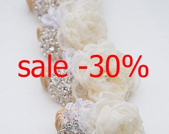 Ivory bracelet,Bracelet  for the bridesmaid, Bracelet Fabric,festive Bracelet
