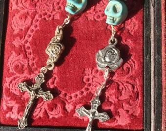 Gothic Earrings, Gothic jewelry, Skull jewelry. Skull earrings, Assemblage earrings, Memento Mori, Cross jewelry, Crucifix, Day of the Dead,