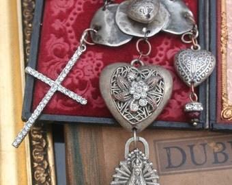 Religious Assemblage, Ex Voto necklace, Reliquary Necklace, Rosary Assemblage Necklace, Vintage Rosary necklace, Ex Voto jewelry, ooak,