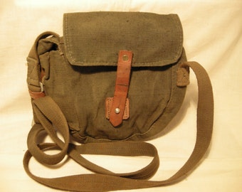 Vintage 1970's Army Green Canvas Shoulder Bag - Pouch Belt - Small Size - NEW