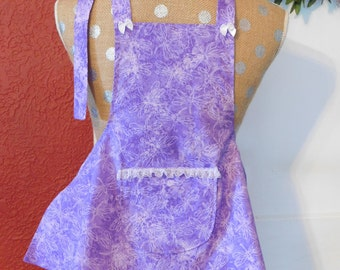 GIRLS LAVENDER APRON  with a little lace trimmed pocket and white bows