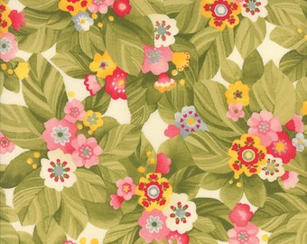 Sale Pink Flowers > Lulu Budding Bouquets Cream 16111 11 < by Chez Moi from Moda > Fabric by the Yard