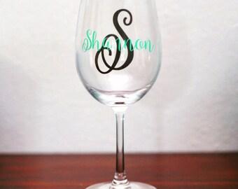 set of 10 bridesmaid wine glasses, set of 10 wine glasses, bridesmaid gifts, personalized wine glasses, set of 10 personalized glasses