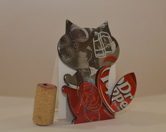 """Cat Magnet made from """"Dr Pepper""""  Can"""
