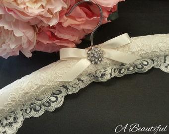 Alencon Lace Bridal Hanger