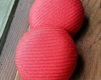 Retro Fabric Buttons. Vintage Red Buttons. Large Red Buttons.