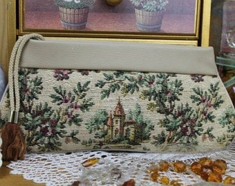 Vintage Tapestry Clutch Bag/Vintage Handbag/Vintage Evening Bag/ SALE (1915G)