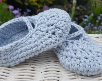Adorable Powder Blue Baby Shoes/Slippers. Hand crocheted in pure cotton and silk.