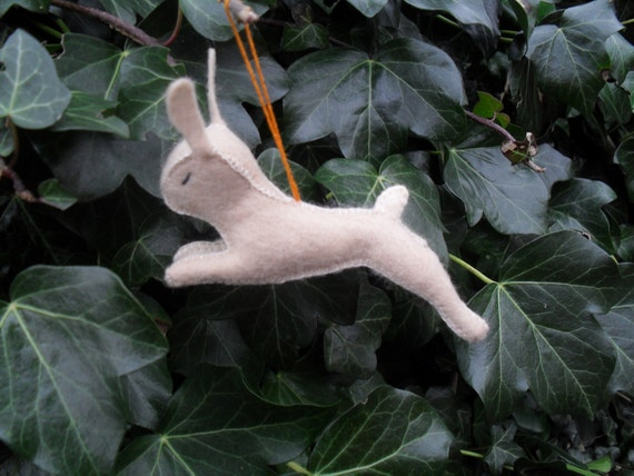 Hanging Hauntie Hare felt pdf sewing pattern. Christmas tree, Easter or seasonal decoration.