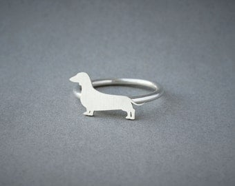 DACHSHUND RING / Doxie Shorthaired Ring / Silver Dog Ring / Dog Breed Ring / Silver, Gold Plated or Rose Plated.