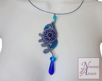 Necklace blue collection micro-macrame circle and volutes