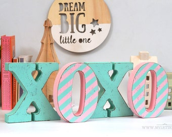 XOXO wooden letters | nusery letters | XOXO wood letters | standing letters