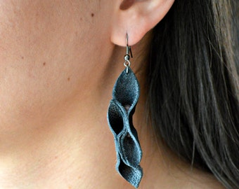 Earrings black leather / hematites / ornament gunmetal / grey and black leather double-sided / 2-tone / Amalgamebijoux