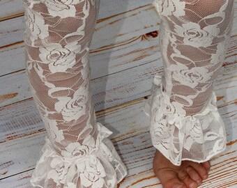 Lace Ruffle Leggings