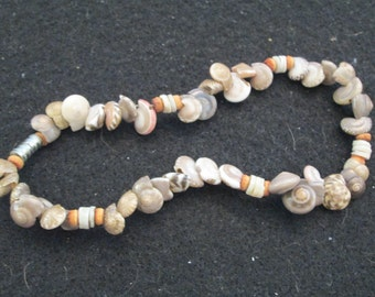 "Genuine SHELL Anklet>> 9"" long>>beautiful taupes and browns>> different"