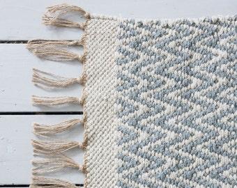 Grey Gray Geometric Chevron Rug / Handwoven Cotton  / The Isa