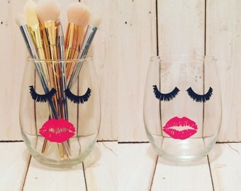 Lips & Lashes Wine Glass/Make Up Brush Holder