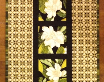 Magnolia Table Runner
