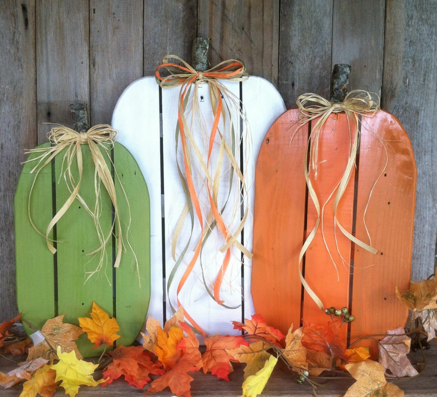 Awesome Fall Pumpkins Pallet Wood Pumpkins Rustic Fall Autumn