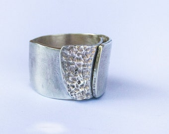 Silver band ring for woman. Handmade silver ring