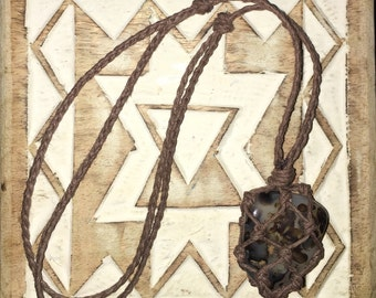 Montana Agate Macrame Stone Necklace