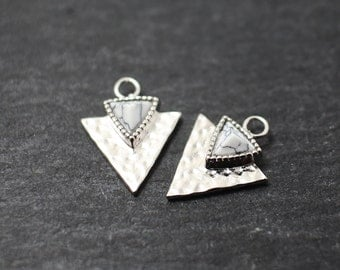 P0230/Anti-Tarnished Rhodium Plating Over Brass/Genuine White Marble Triangle Pendant/15x12mm/2pcs