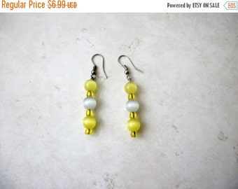 ON SALE Vintage Yellow Frost Tigers Eye Glass Beads Earrings 72816