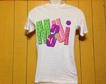 vtg Maui tshirt crazyshirt 80s/90s colourfull surfing hawaii tee