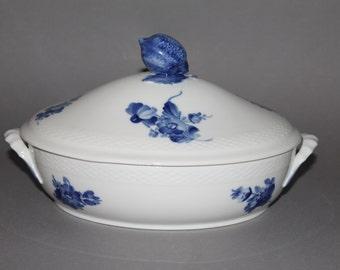 Royal Copenhagen Blue Flowers Oval Covered Vegetable Bowl #8174 1st choice #2
