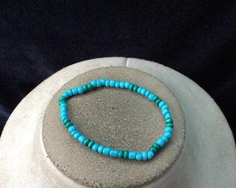 Vintage Green & Blue Glass Beaded Bracelet