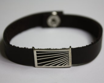 FREE SHIPPING! Leather and silver Bracelet
