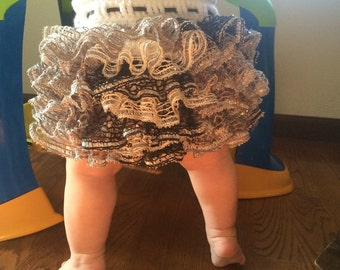 Baby skirt with ruffles, crocheted, any size, black, silver, white