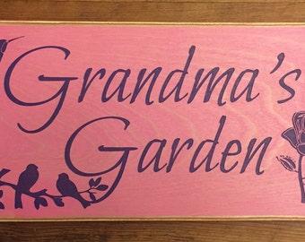 """Rustic Wood Sign - Grandma's Garden - 6"""" x 12"""""""