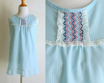 70s Light Blue Sheer Tank Top with Decorative Stitching and White Lace Size Small