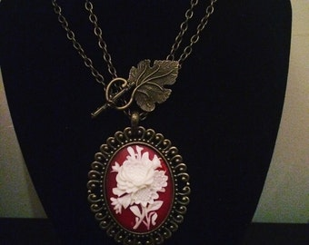 Red & White Floral Cameo Necklace
