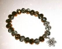 Bracciale di mezzi cristalli con charm simil Pandora natalizio