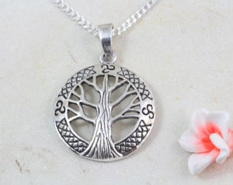 Family Tree Necklace, Sterling silver Tree of Life Necklace, Sterling Silver Mother Necklace, Grandma necklace, tree of life pendant, 2114