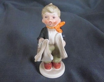 vintage ceramic 6 inch newsboy figurine new york times