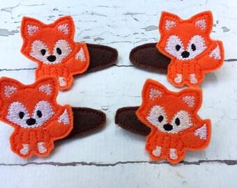 Fox felt hair clips.Embroidered fox hair clips.Set of 2