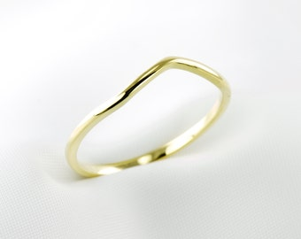 Gold Plated Curved Dainty Wave Ring, Thin Ring, Stackable, Minimalist Jewelry, Skinny Ring