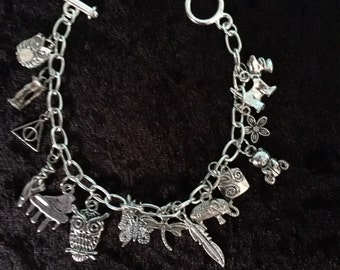 Charm bracelet with assorted charms