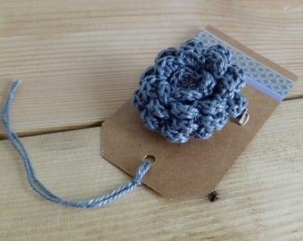Grey flower brooch. Gray flower pin. Crochet flower brooch. Flower Pin.