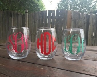 Monogram wine glasses- personalized initial stemless wine glass- custom wine glass - bridesmaid gift - mothers day gift - birthday gift