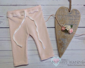 Newborn girl 'Neris' pant & floral tie back set