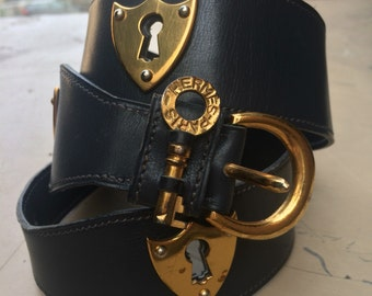 Extremely rare 1940's Hermes belt with shield shaped escutcheon and key details. Amazing!!
