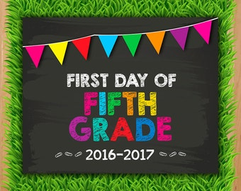 First day of Fifth Grade Sign - INSTANT DOWNLOAD - Fifth Grade Chalkboard Printable - First day Fifth Grade Photo Prop Back to school